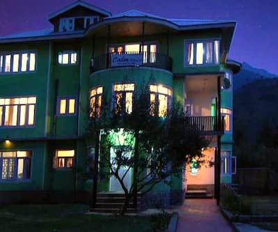 Calm Holiday Inn,Srinagar