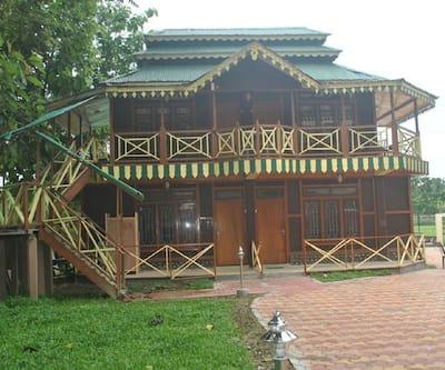 Image 1 Banyan Tree Resort Lataguri