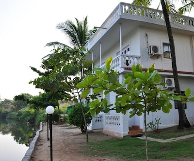 Mandrem Beach Resort,Goa