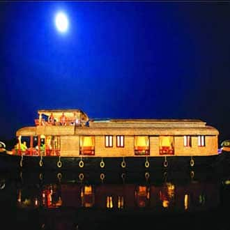 The Dream House Boats,Alleppey