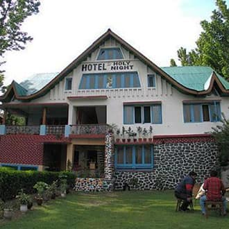 Hotel Holy Night,Srinagar