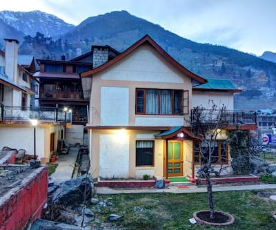 Himkund Cottages,Manali