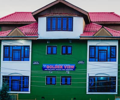 Hotel Golden View,Srinagar
