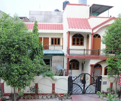 Shreenu Homestay,Agra
