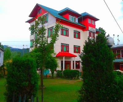 Royal Raj Palace,Srinagar