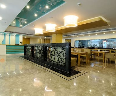Hotel City Park, Near Golden Temple,