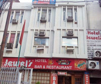 Hotel Jewels,Jammu