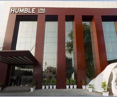 Humble Hotel, Lawrence Road,