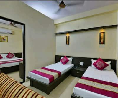 Hotel K K,Indore