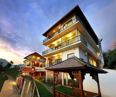 Golden Ridge Mountain Resort,Munnar