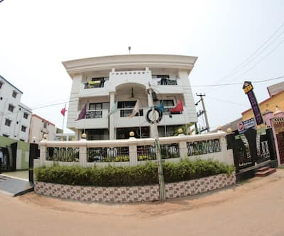 Reba Beach Resort,Puri