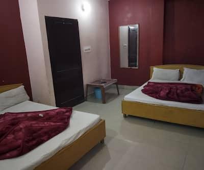 Hotel Rishu Palace,Jammu