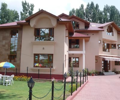 Alhamra Retreat,Srinagar