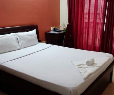 Global Home Stay - Phonix market city,Pune