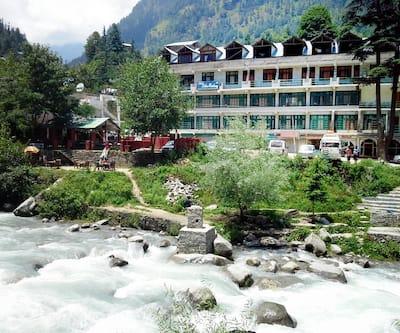 Hotel Satkar Residency,Manali