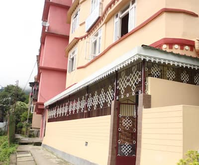 Zero to One Stay -Hotel Khandroling,Gangtok