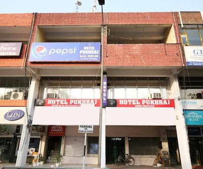 Hotel Pukhraj,Chandigarh