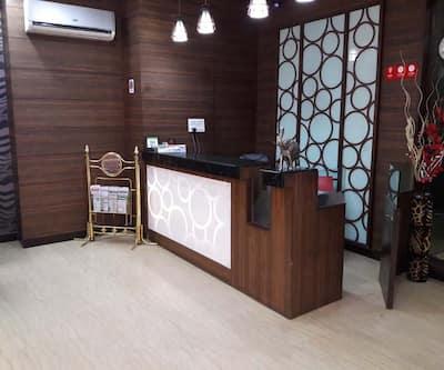 Hotel Namaskar Residency, Queens Road,