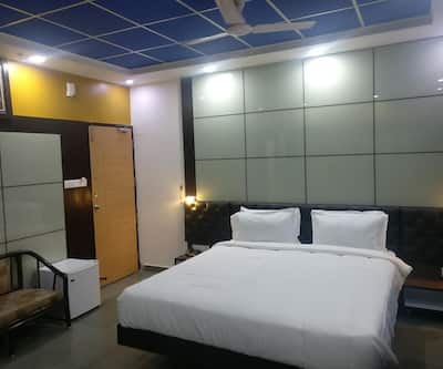 JK Rooms 107 KK Service Apartments,Nagpur