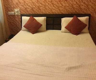 Hotel Diamond Place,Chandigarh