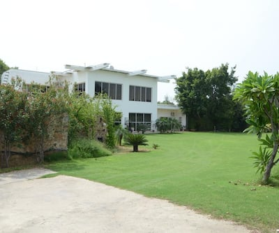 Aravali Golf Yoga Country House,Gurgaon