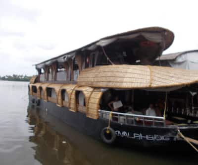 Venisa House Boat Family 3BH,Alleppey