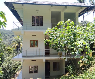 REDAPPLE Home Stay,Munnar
