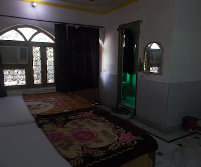 Dhruv Guest House,Agra