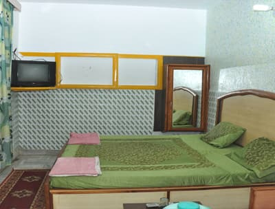 Sikandra Guest House,Agra