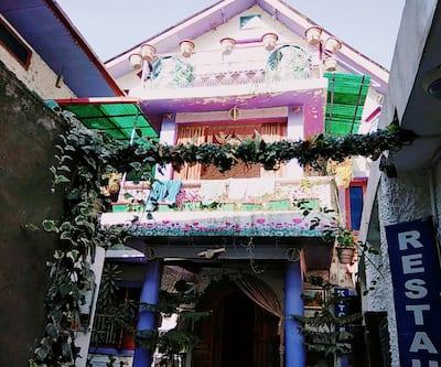 Hotel Maharaja King Style,Srinagar