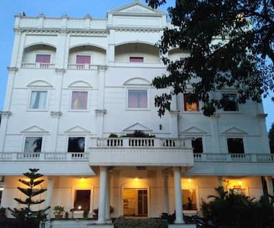 Narendra Central,Cochin