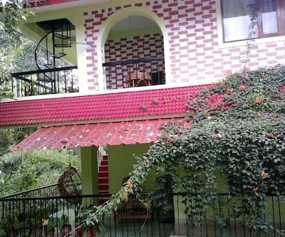 Rose Garden Homestay,Thekkady