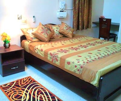 The Q Stay-Velachery,Chennai