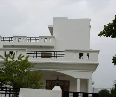 Hotel The Eagle Eyes, Fateh Sagar Lake,
