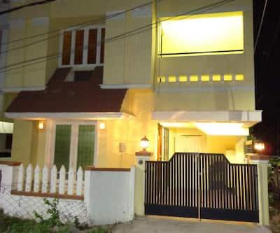 Remisha Service Apartments-Valasaravakkam,Chennai