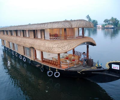 TridentHouseboat,Alleppey