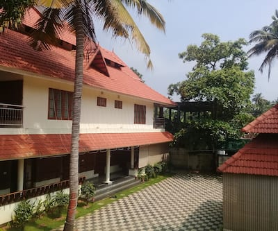 Aramana holiday inn,Alleppey