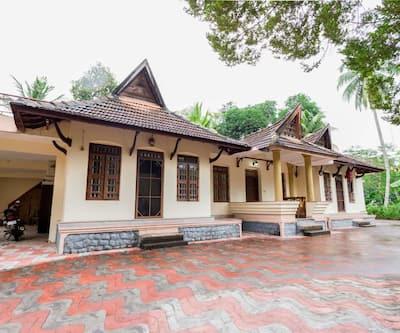 Trium heritage villa,Alleppey