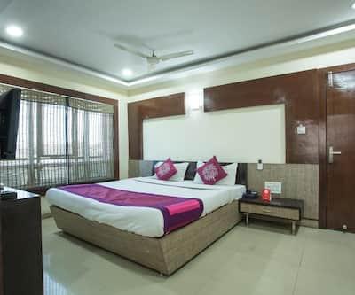 Girdhar Palace Hotel,Chittorgarh
