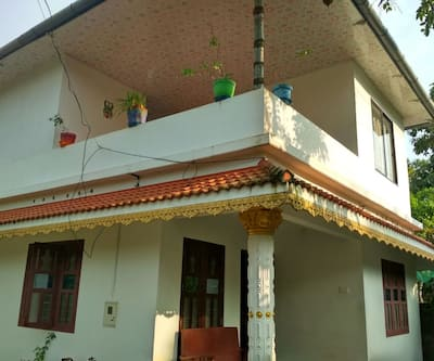 FEBINS HOME STAY,Alleppey