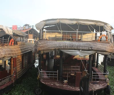 River Queen classic 3 bed House Boat,Alleppey