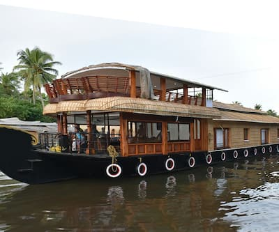 Johnsons Eco Houseboat,Alleppey