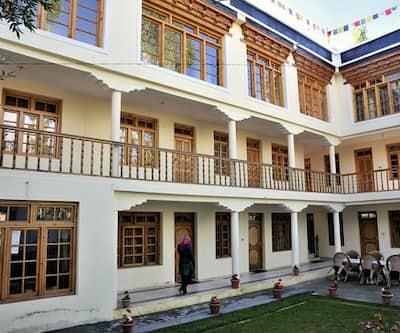 Riboke Guest House,Leh