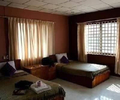Shradha Saburi Guest House,Varanasi