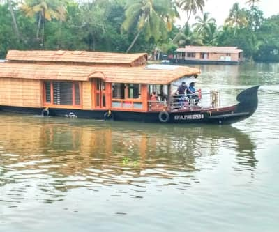 Chittadil house boat 7,Alleppey
