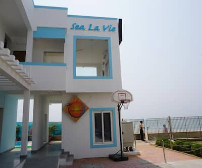 Sea La Vie Covelong Beach Resort,Chennai