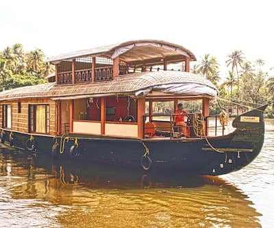 The Grand Day Cruise,Alleppey
