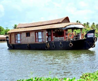 Mera Boat Trip,Alleppey