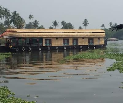 Sapphire Cruise Houseboat,Alleppey