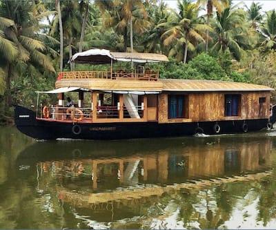 Olala Houseboats,Alleppey